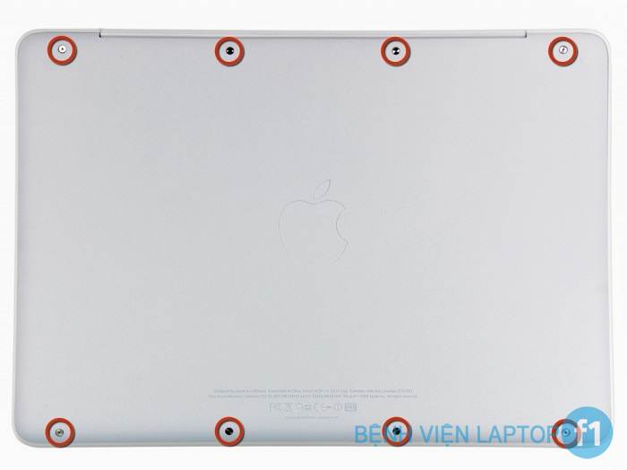 thay-man-hinh-macbook-pro-retina-macbook-air-tai-tp-vinh-003 (700x524)